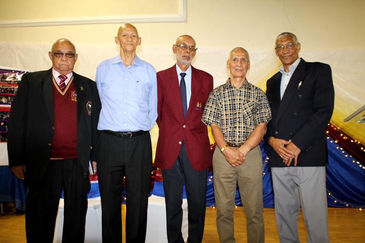 Die Vollie museumkomitee is van links George Piedt, David Piedt. Claude Simon, Farouk Wicomb en Johan Benson. Die sesde lid van die komitee, Stephen Adams, is onlangs oorlede. Foto: Garnett Wicomb