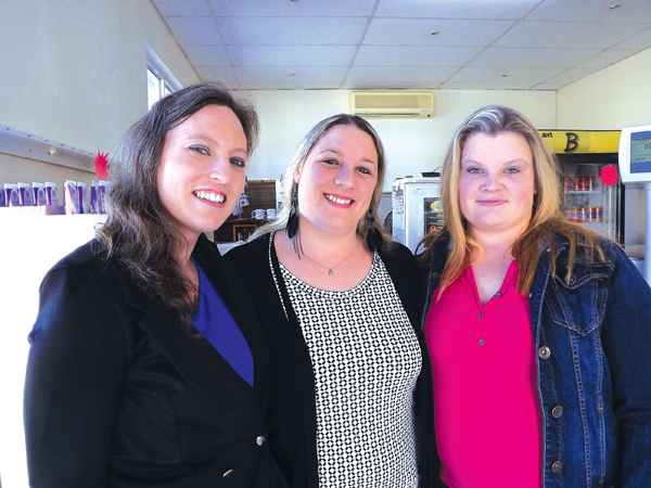Links: Estelle Visser, Ninette Behr en Nicolene Terblanche.